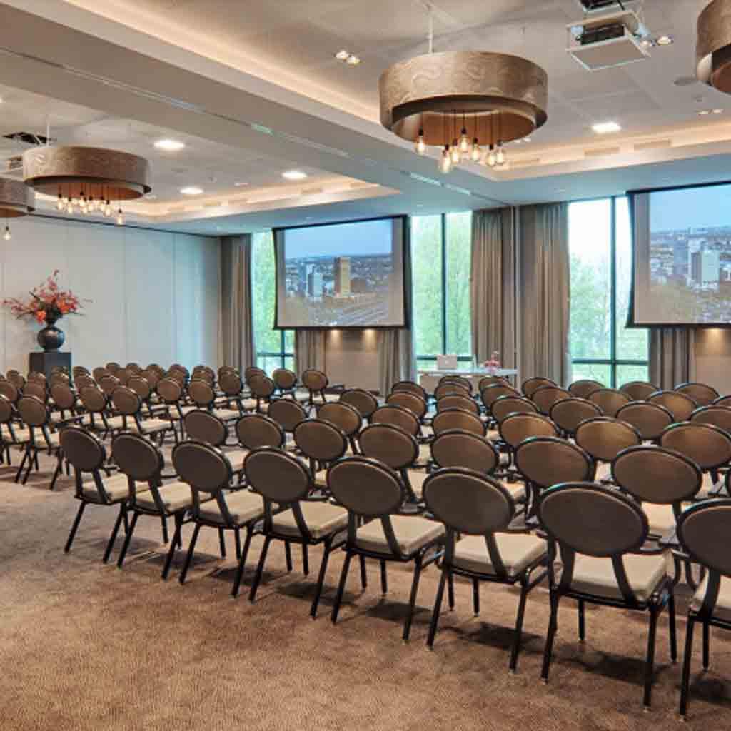 Meubilair voor conferentiezaal en banqueting